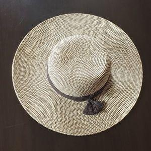 Nine West Tri-tone Straw Floppy Sun Hat